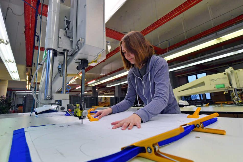 """Das Chemnitzer Unternehmen """"Premium Bodywear AG"""" ist international erfolgreich. Hier sind 70 Mitarbeiter beschäftigt - mehrheitlich Frauen."""