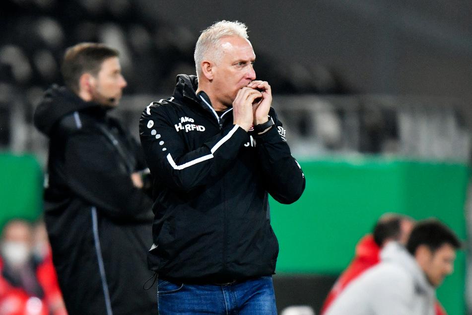 RWE-Coach Christian Neidhart (52) hatte ebenfalls keinen Strafstoß erkannt, lobte sein Team jedoch für die starke Pokalsaison.