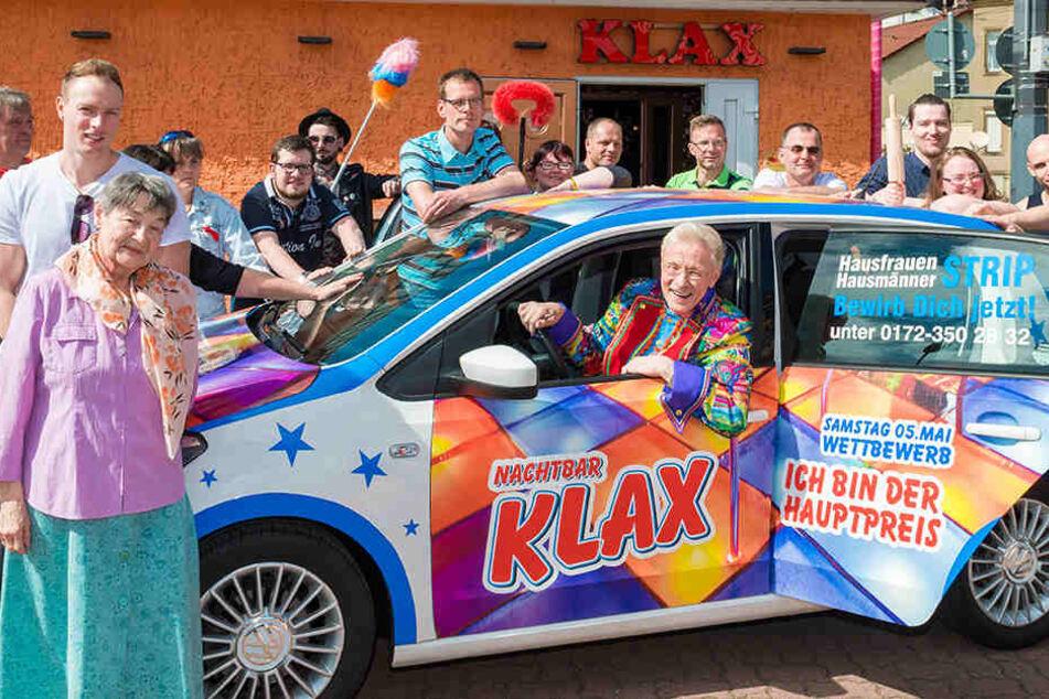 """Abgefahrener Hausfrauen-Strip im """"Klax"""": Älteste Nackttänzerin ist 76"""