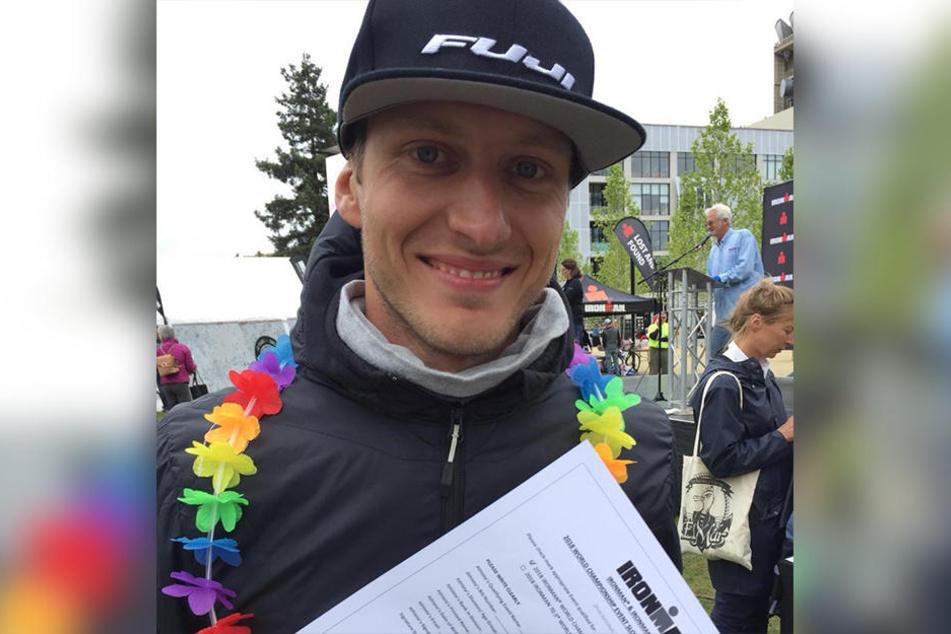 Glücklicher Sieger: Robin Schneider wurde beim Ironman erster in seiner Altersgruppe.