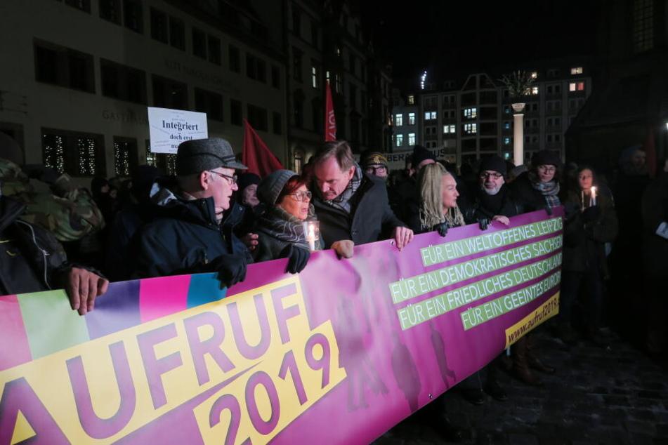 """Start auf dem Nikolaikirchhof: Die Bewegung """"Aufruf 2019"""" hatte für Montag zu ihrer ersten Demo aufgerufen."""