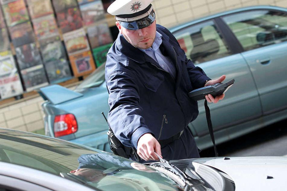 Haupttatbestände waren den Angaben zufolge Verstöße gegen Park- und Halteverbote sowie Parken ohne Parkschein.