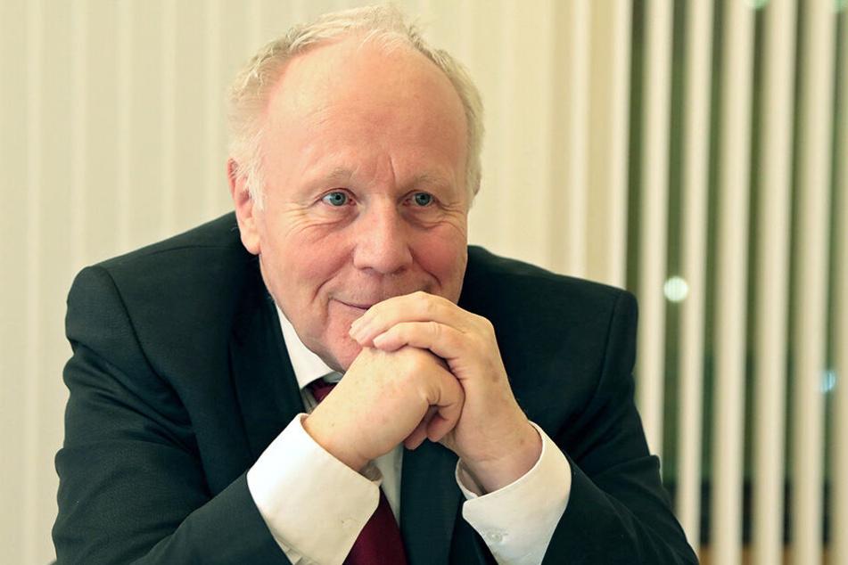 Viel im Ausland unterwegs: Georg Milbradt (74, CDU).