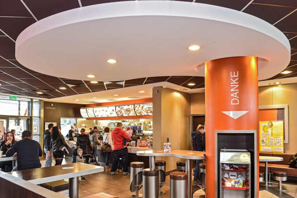 Der Fast-Food-Riese McDonald's will größer ins Geschäft mit Essenslieferungen einsteigen.