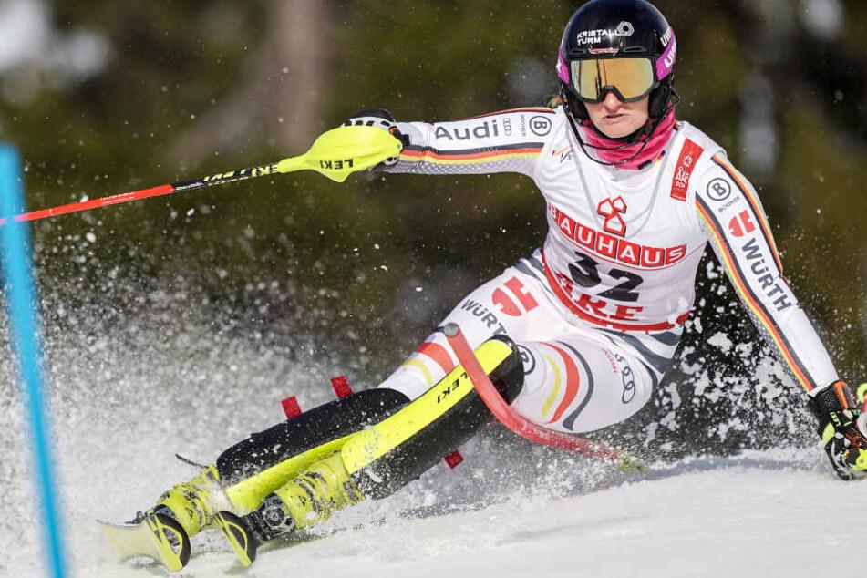 Die DSV-Athletin Marlene Schmotz hat erneut einen Kreuzbandriss erlitten.