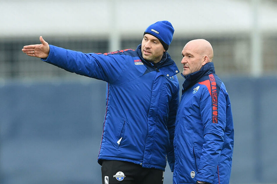 Co-Trainer Daniel Scherning (li.) mit dem neuen Cheftrainer Stefan Emmerling.