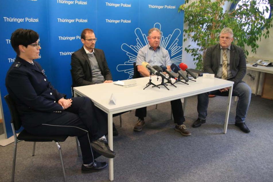 Bei einer Pressekonferenz am Freitag lobte die Polizei die Belohnung auf den entscheidenden Hinweis aus.
