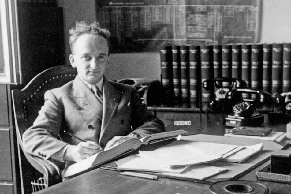 Ben Ferencz brachte als Chefankläger hochrangige SS-Offiziere wegen Mordes an Hunderttausenden Menschen vor Gericht. Jetzt könnten weitere Täter identifiziert werden.