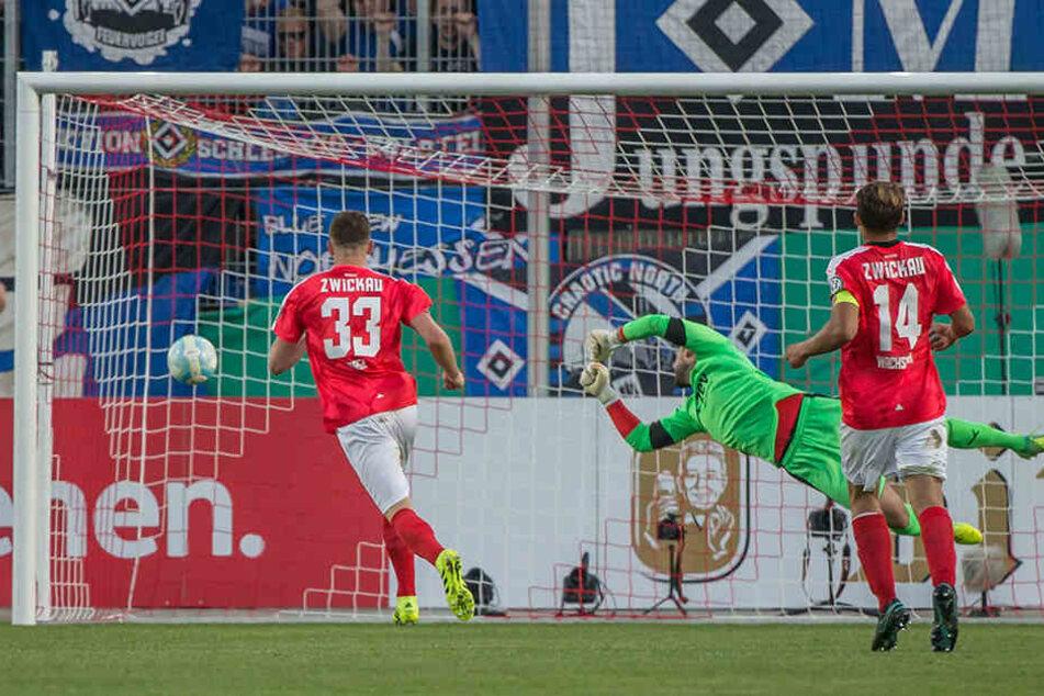Hier trifft der HSV zum 1:0.