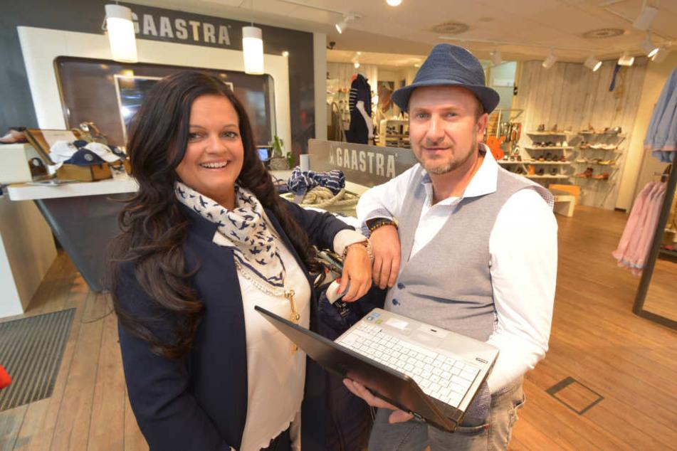 Kai-Uwe Günther (41) und Daniela Krause (36) verkaufen Kleidung und Schuhe im  Geschäft und online.