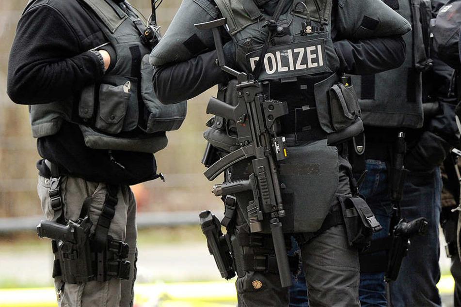 Das Spezialeinsatzkommando hat den flüchtigen Bankräuber aus Schleswig-Holstein in Minden gefasst (Symbolbild).