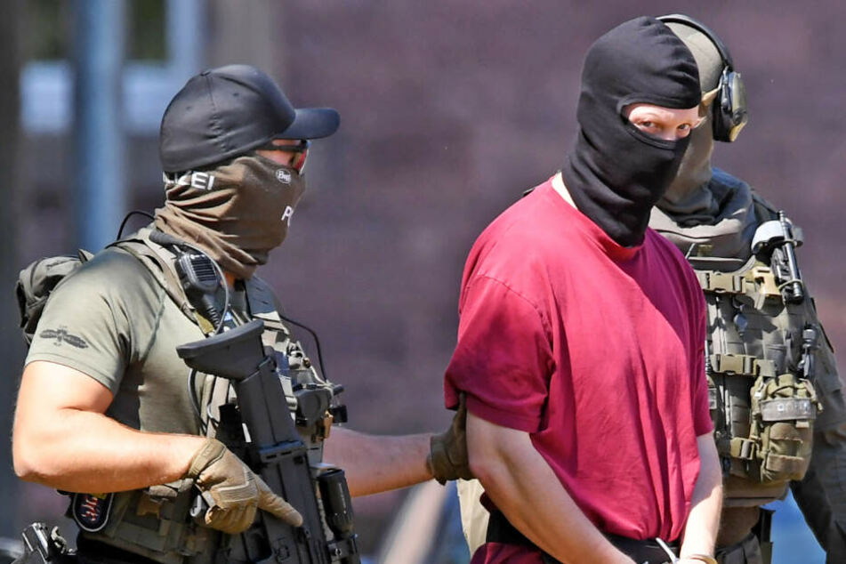 Das Foto vom 2. Juli 2019 zeigt Stephan E., den Tatverdächtigen im Mordfall Lübcke.