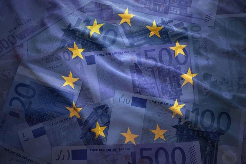 Der allergrößte Teil - 650 Millionen Euro - ist für Essen und Alltagsgüter gedacht.