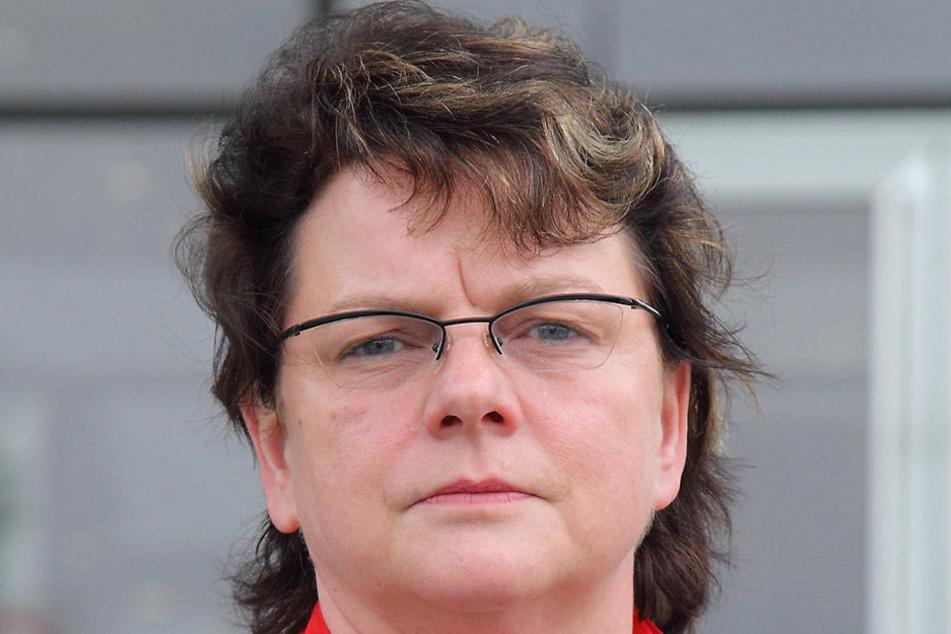 Linken-Politikerin Kerstin Köditz (51, l.) sagte ihre und die Teilnahme von Politikwissenschaftler Robert Feustel an der Diskussionsrunde inzwischen wieder ab.