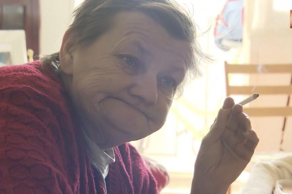 Köthens Stadtrat will sich dafür einsetzen, dass Karin Ritter (65) bald wieder eine feste Wohnung hat.