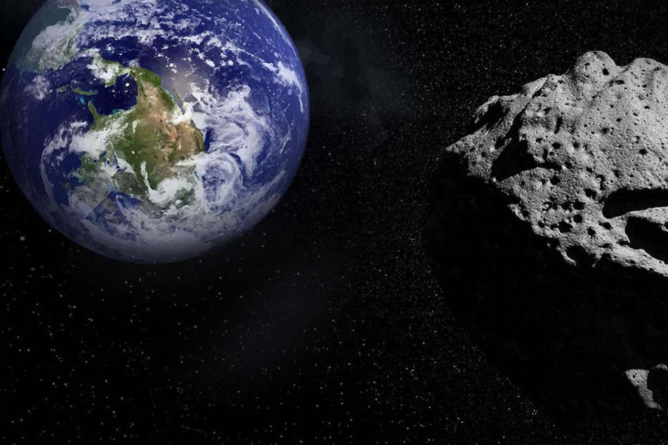 """""""Potentiell gefährlich"""": Riesiger Asteroid nimmt Kurs in Richtung Erde"""