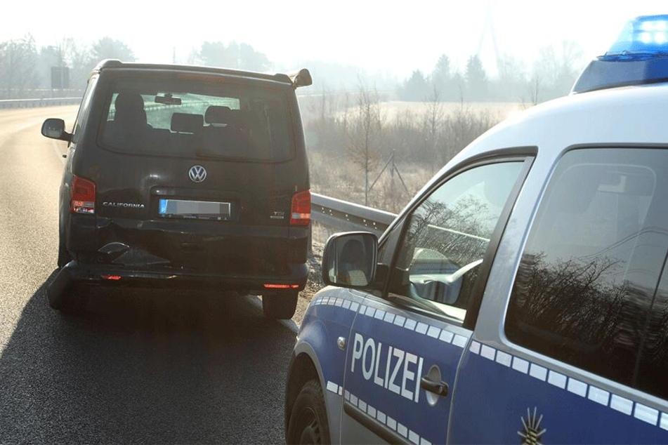 Der VW T5 sah von außen betrachtet nicht allzu schwer beschädigt aus.