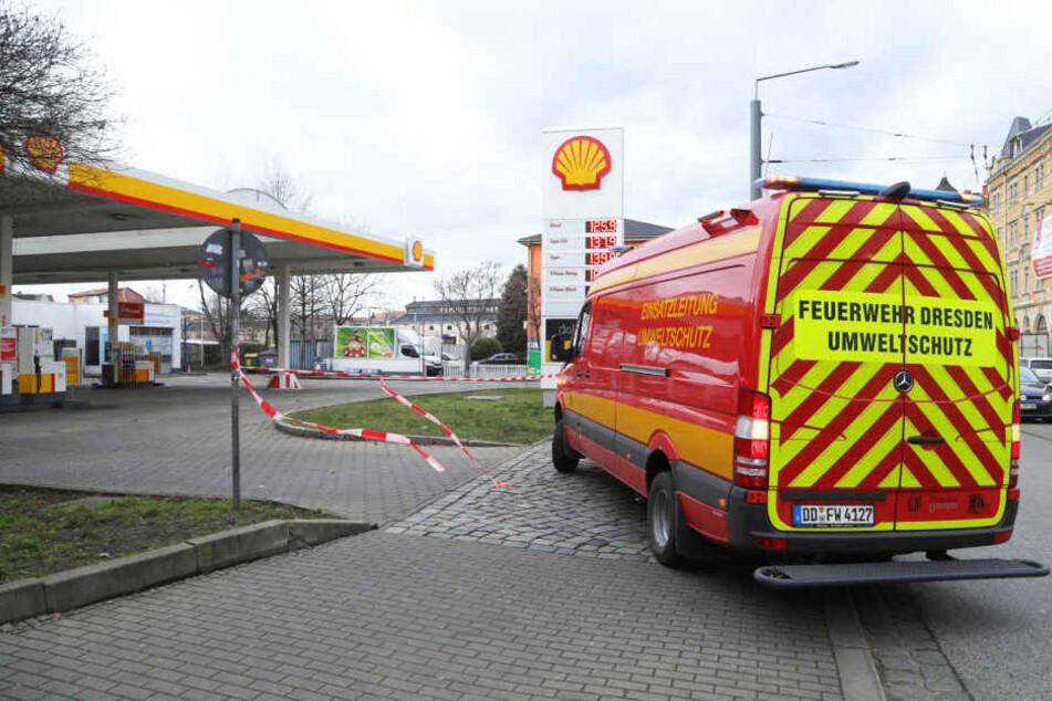 Zu- und Ausfahrt wurden während des Feuerwehr-Einsatzes gesperrt.