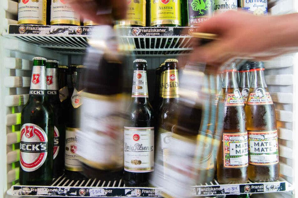 Der Bier-Absatz ist in Deutschland im Jahr 2018 nur leicht gestiegen, obwohl es einen langen heißen Sommer mit Fußball-WM gab.
