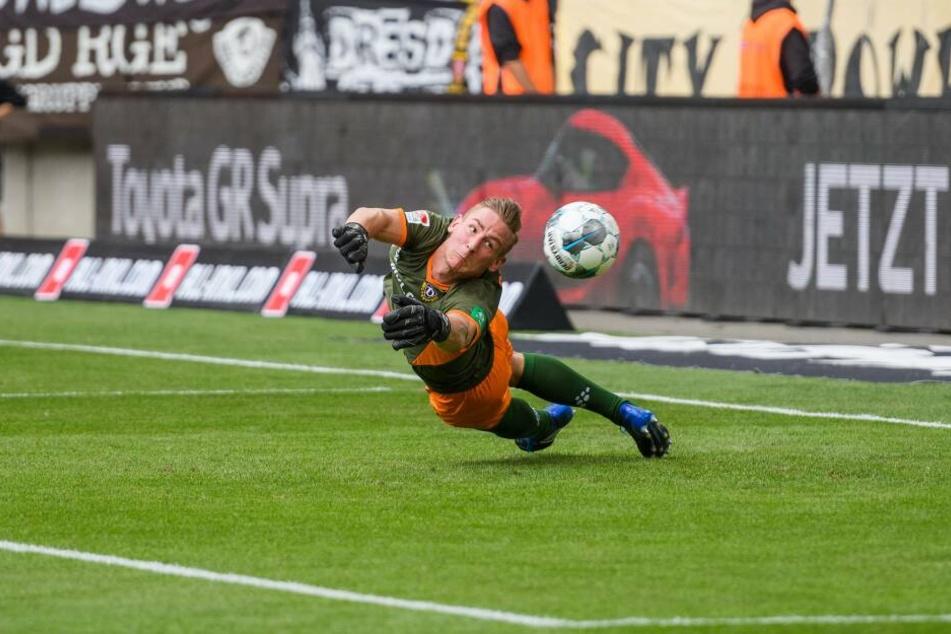 Mit seinen Paraden sicherte Broll den ersten Saisonsieg für Dynamo ab.