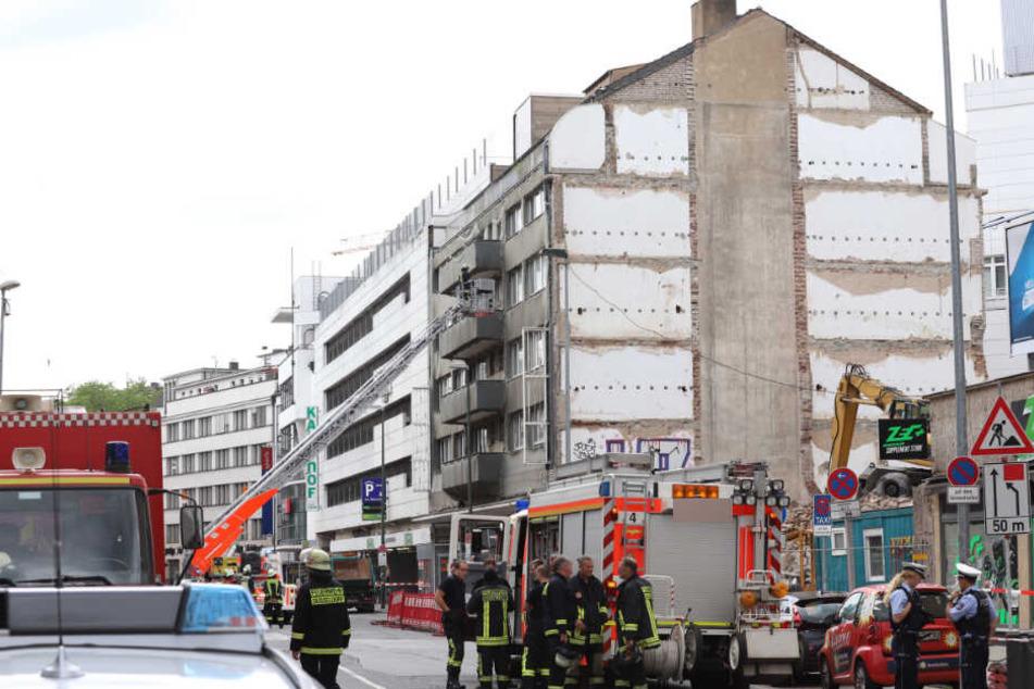 Mittlerweile konnte die Feuerwehr Düsseldorf Entwarnung geben.