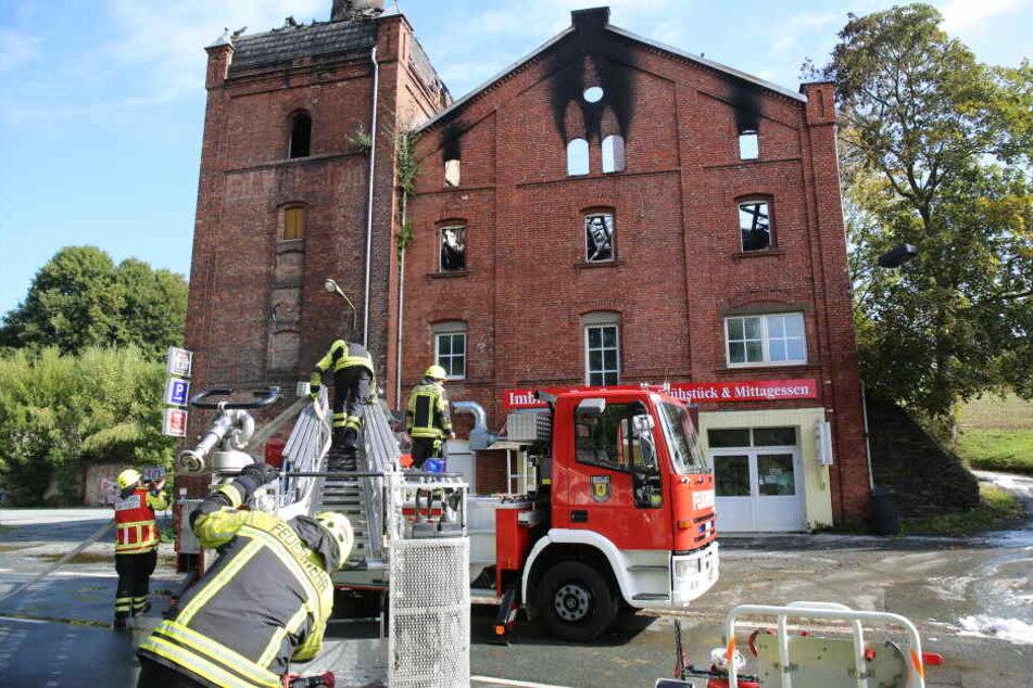 In einer ehemaligen Brauerei in Oelsnitz (Vogtlandkreis) ist ein Feuer ausgebrochen.