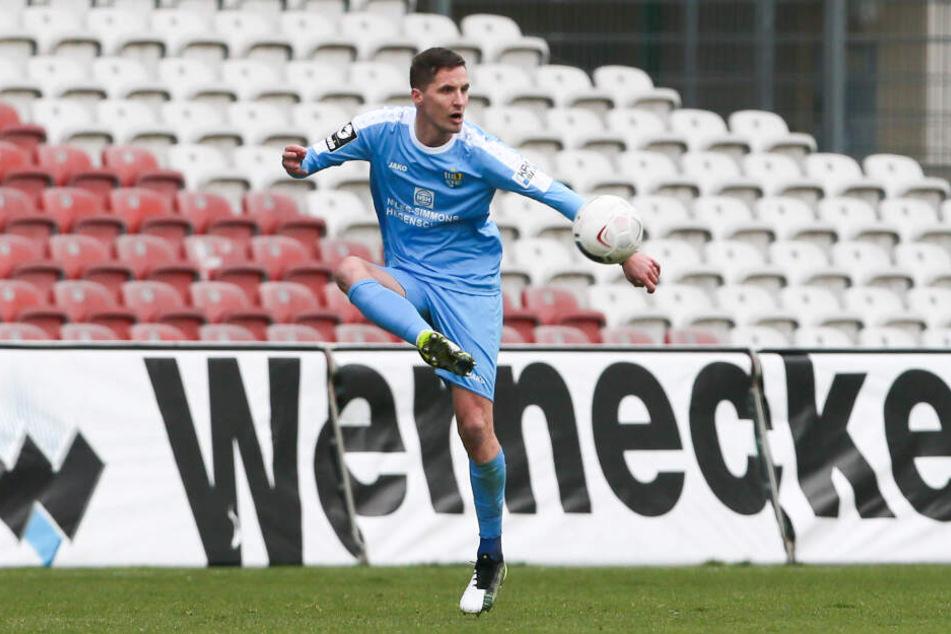 Rechtsfuß Sandro Sirigu spielte in Meppen auf der linken Abwehrseite. Not- oder Dauerlösung? Die nächsten Spiele werden es zeigen.