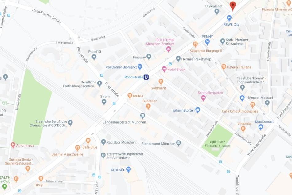 Auf der Lindwurmstraße in München sind bei einem Verkehrsunfall fünf Menschen verletzt worden.