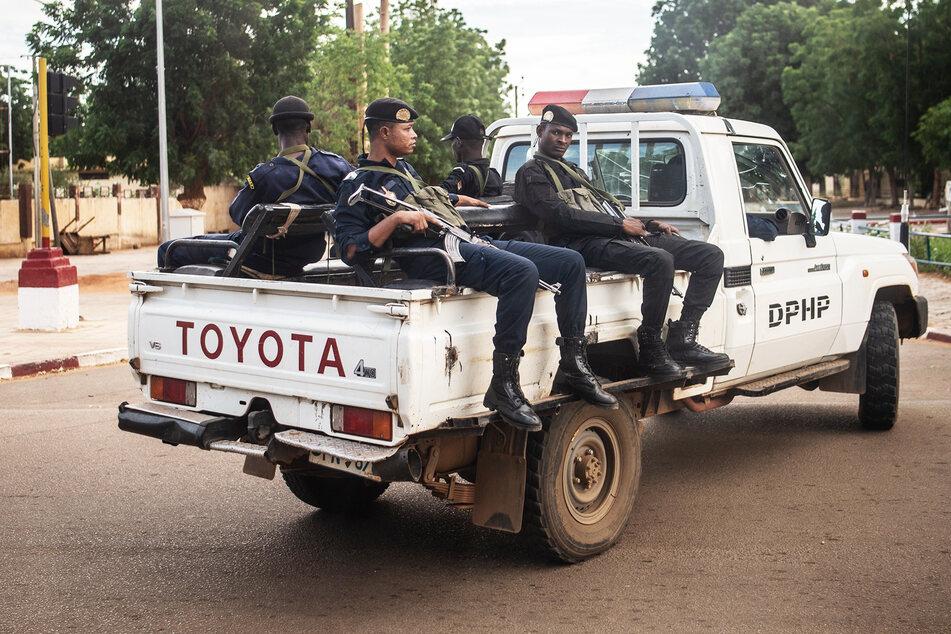 Nach Präsidentschaftswahl: Schwerer Anschlag mit mehr als 50 Toten im Niger!