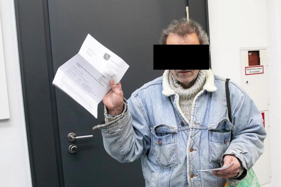 Bernd S. (59) will nicht gewusst haben, dass der Geldschein falsch war.