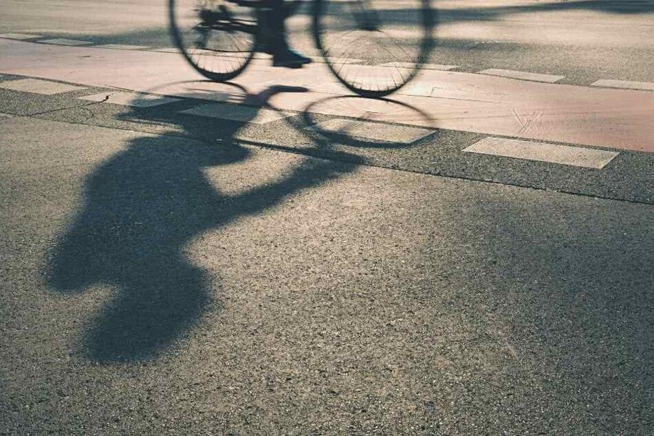 Später fuhr der Unbekannte auf seinem Fahrrad davon.