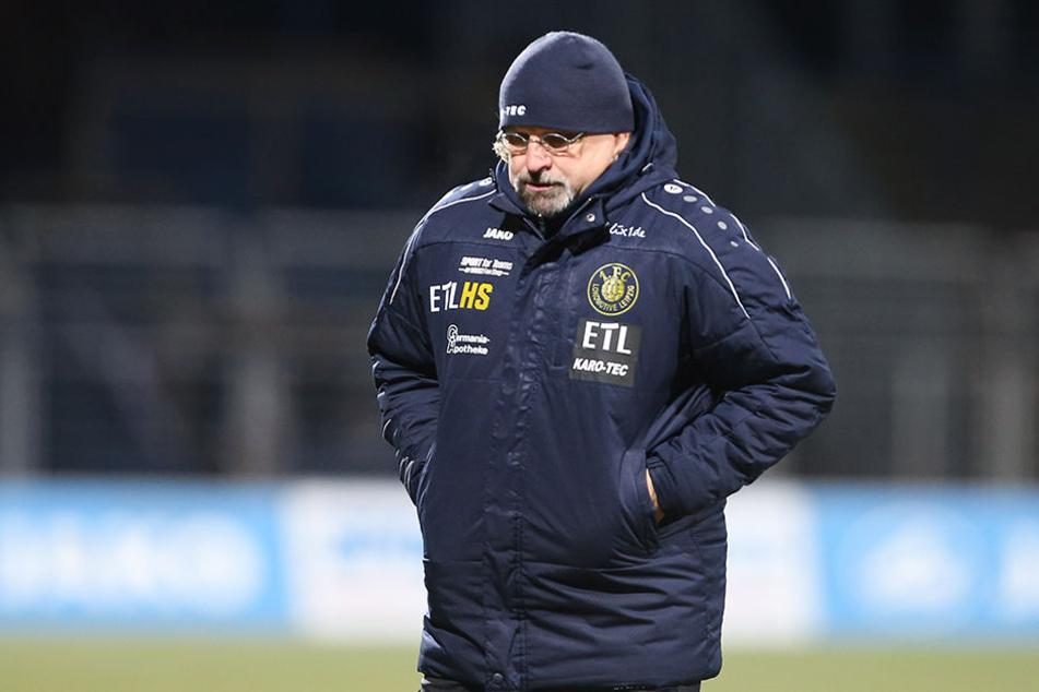 Durch die anstehenden Nachholspiele muss Lok-Trainer Heiko Scholz (52) sein Team auf englische Wochen einstellen.