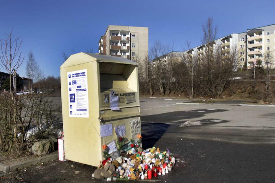 2011 wurde in diesem Kleidercontainer in Schwarzenberg ein toter Säugling gefunden.
