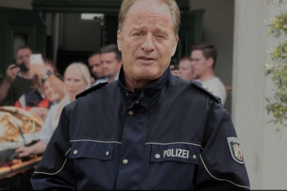 Schauspieler Tom Gerhardt unterstützt einen Aufruf der Bonner Polizei für mehr Respekt gegenüber der Polizei und den Rettungskräften.