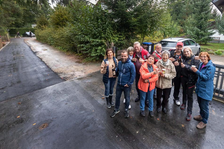 Die Anwohner der Seidemannstraße in Glösa sind glücklich über die neue Straße - aber ein Abschnitt bleibt Schotterpiste.
