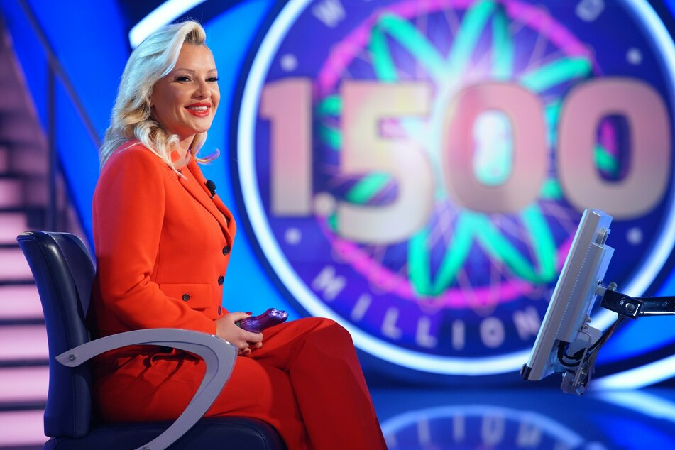 Trotz anfänglicher Schwierigkeiten gelang es TV-Kult-Blondine Evelyn Burdecki (32) am Ende, insgesamt 15.555 Euro für den guten Zweck abzuräumen.