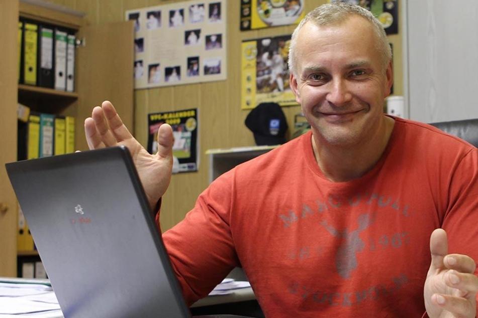 """Michael Voigt arbeitete sieben Jahre auf der Geschäftsstelle des VFC Plauen. """"Es war eine tolle Zeit"""", sagt er heute rückblickend."""