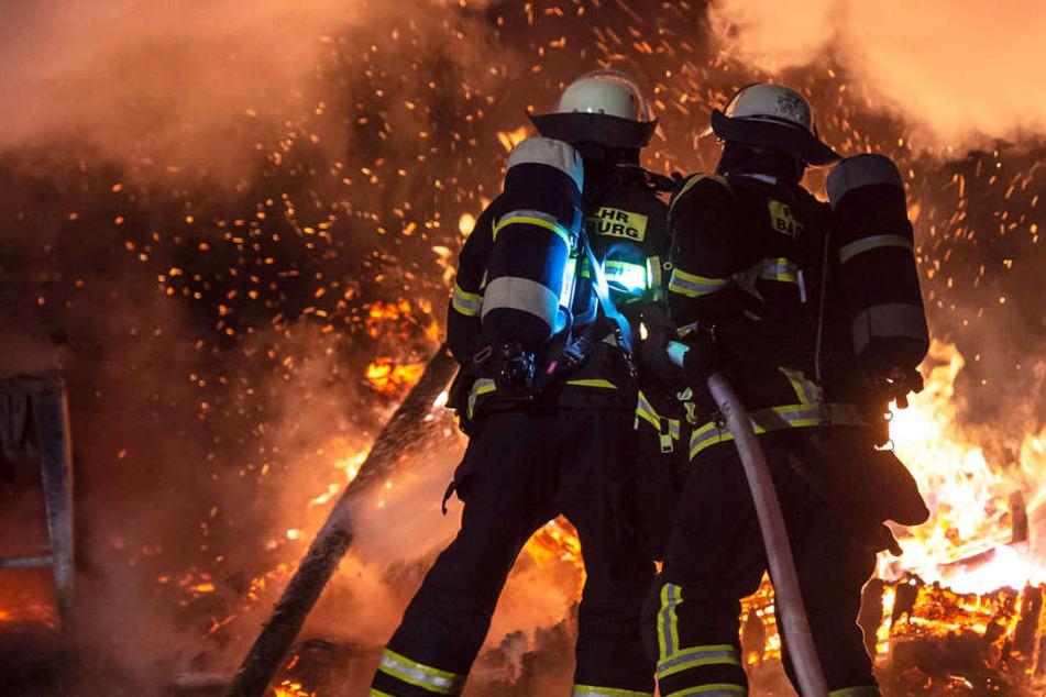 Die Feuerwehr war mit zahlreichen Kräften vor Ort.