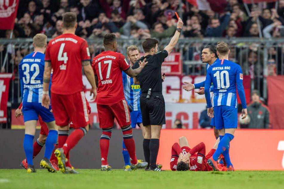 Knackpunkt: Die rote Karte für Karim Rekik besiegelt die Niederlage der Hertha.