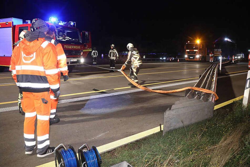 Nach dem Unfall musste die Baustellenbegrenzung erst wieder gerichtet werden.
