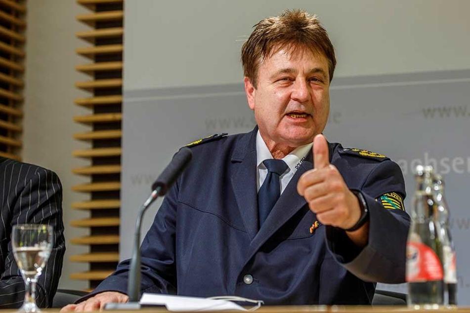 Enges Rennen: Leipzigs Polizeipräsident Bernd Merbitz (62, CDU) kandidiert für den Landtag.