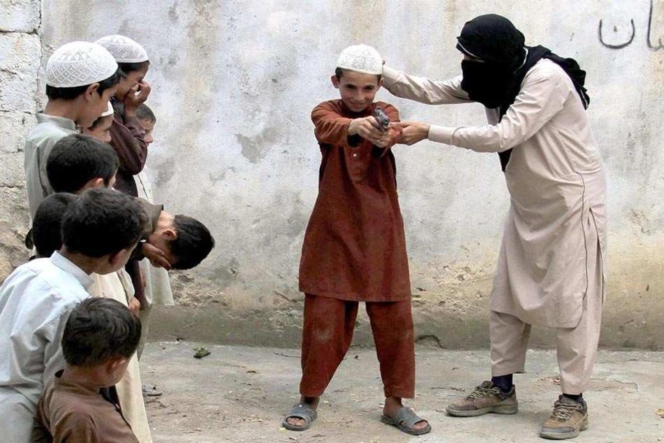 Terror durch Kinder: Verfassungsschutz warnt vor jungen Dschihadisten. (Symbolbild)