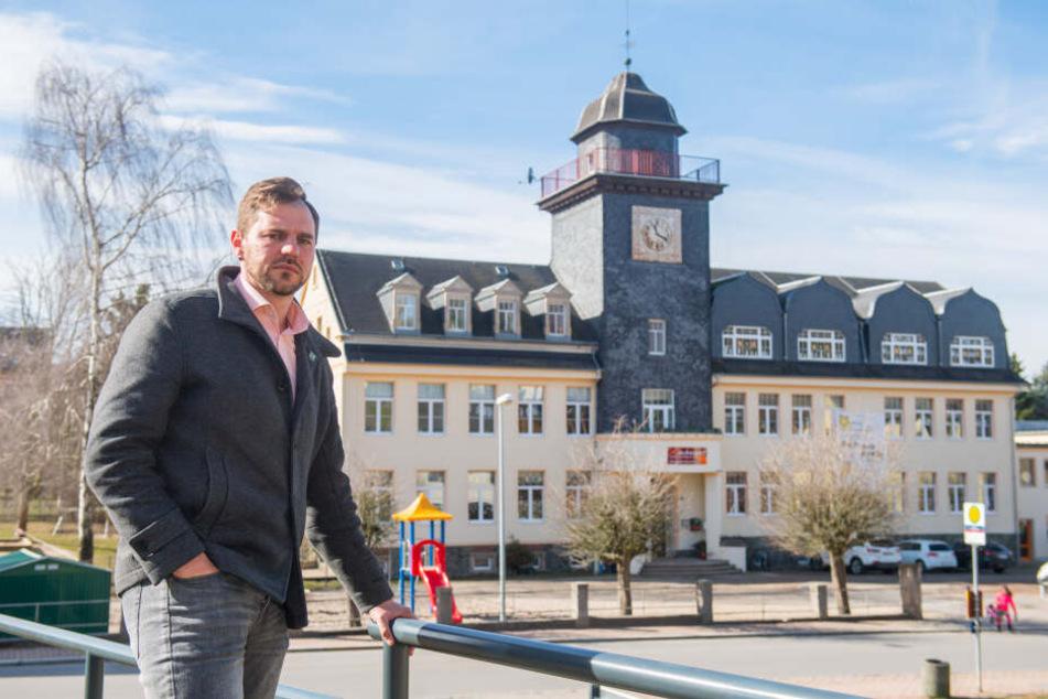 Laut Bürgermeister Sascha Thamm haben die Jugendstätten Stocker sich nicht an den Vertrag gehalten. Deswegen wurde der Mietvertrag mit der Montessori-Schule in Adorf gekündigt.