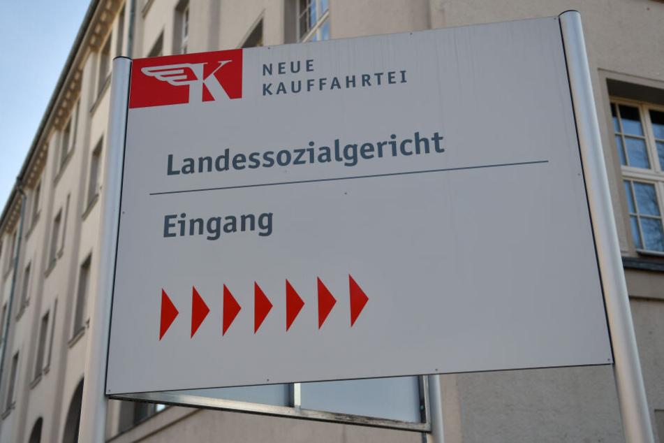Am Landessozialgericht in Chemnitz ist die Einführung der elektronischen Akte verschoben worden.