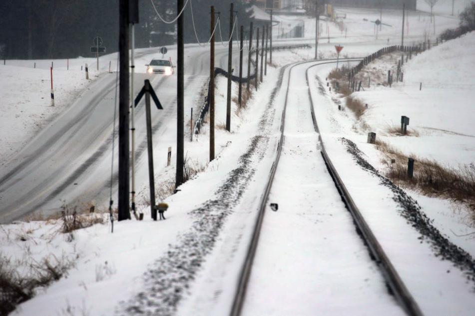 Bahnreisende brauchen Geduld, denn viele Züge sind verspätet oder fallen ganz aus.