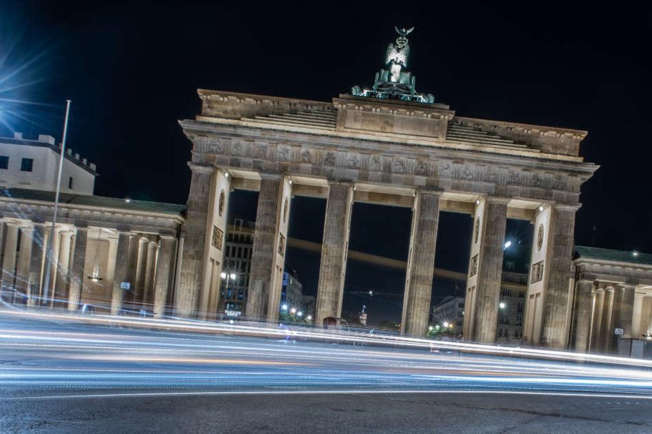 Auch bei Nacht kommen die hitzegeplagten Berliner nicht zur Ruhe.