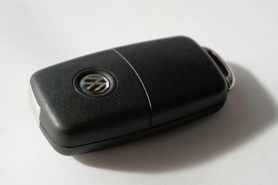 Die Deutschen sind eine Auto-Liebhaber-Nation. Zum frischen Neuwagen gehört daher auch ein passendes Nummernschild.