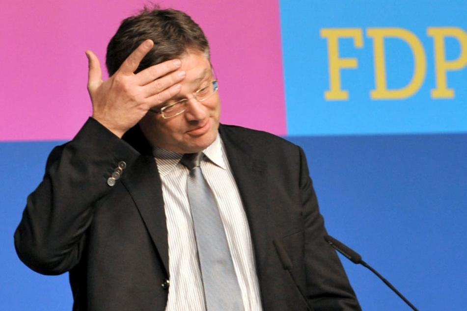 Viele sind unzufrieden, aber Zastrow bleibt FDP-Chef