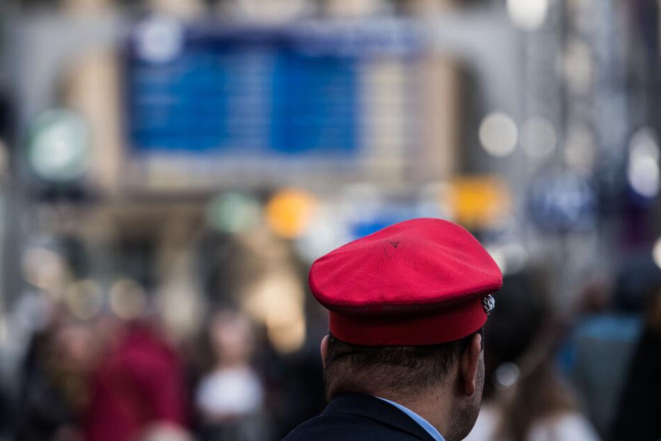 Kann ein Lokführer Schadensersatz verlangen, wenn sich jemand vor seinen Zug wirft?