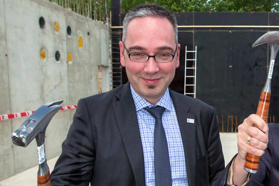 Jan Gerner geht aus Erfurt fort und wird der neue Kanzler der Universität Stuttgart.